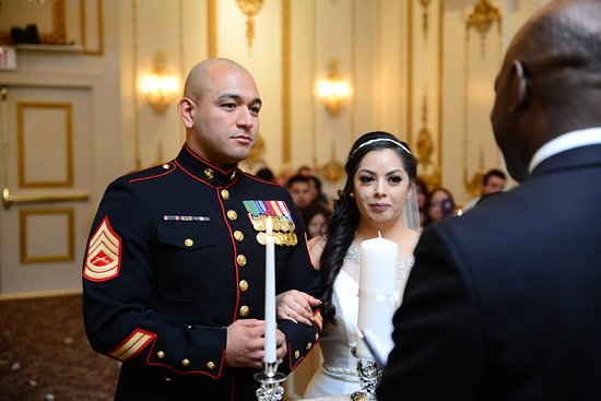 Paris Las Vegas Wedding Chapel: Just before the Vows