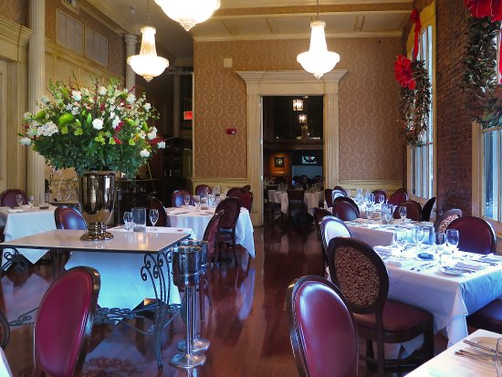 The Grill Room @ Windsor Court Hotel   Main Diningroom