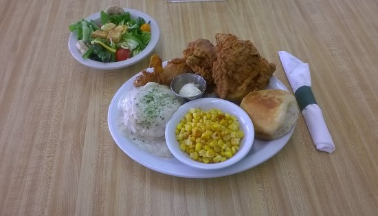 Maybell, CO: Sunday Chicken Dinner