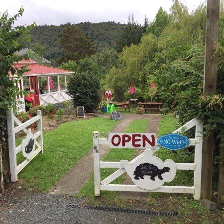 Puhoi, New Zealand: Pretty little place