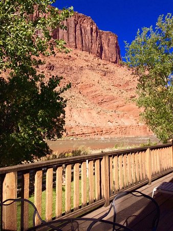 Red Cliffs Lodge: The view from my patio - simply amazing.