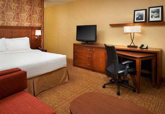 Oakbrook Terrace, IL: Guest room