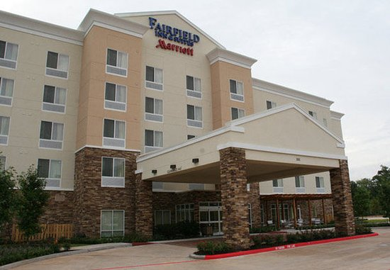 Fairfield Inn & Suites Houston Conroe Near The Woodlands: Exterior