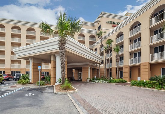 Courtyard by Marriott Jacksonville Beach Oceanfront: Exterior