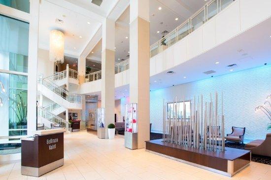 DoubleTree by Hilton Rochester / Mayo Clinic Area : Lobby