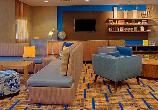 Courtyard Houston-West University: Lobby