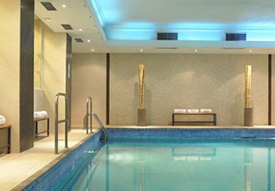 London Marriott Hotel Marble Arch: Health club - indoor swimming pool and whirl pool