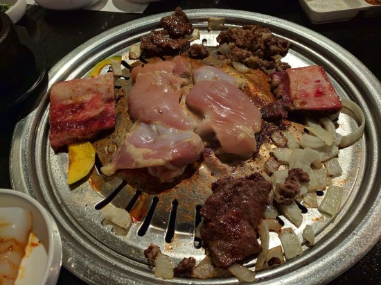 Rowland Heights, Калифорния: Chicken on the grill