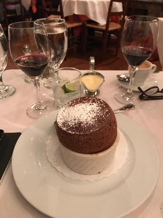 La Chaumiere: Chocolate Souffle - the mastepiece
