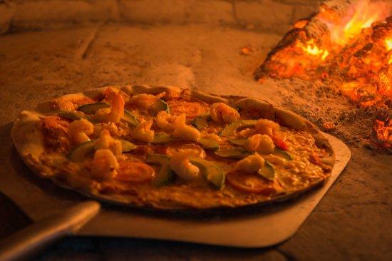 Bahía de Solimán, México: Wood oven pizza