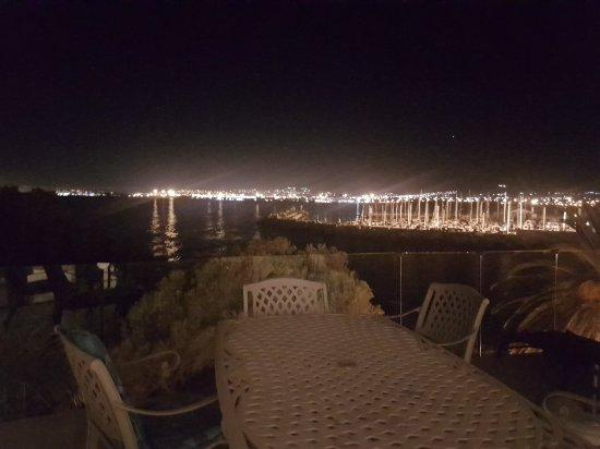Gordon's Bay, Republika Południowej Afryki: 20180105_213012_large.jpg