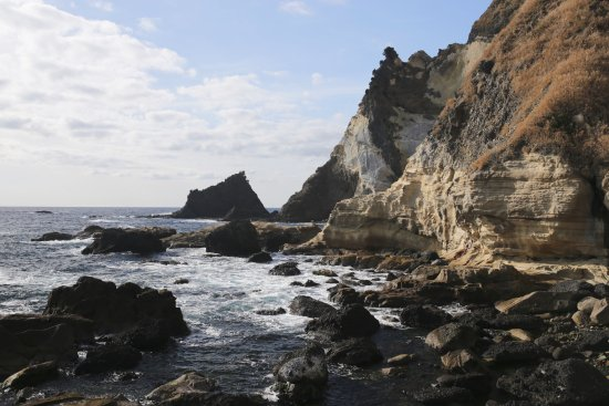 Minamiizu-cho, اليابان: 千畳敷からの三ツ石岬