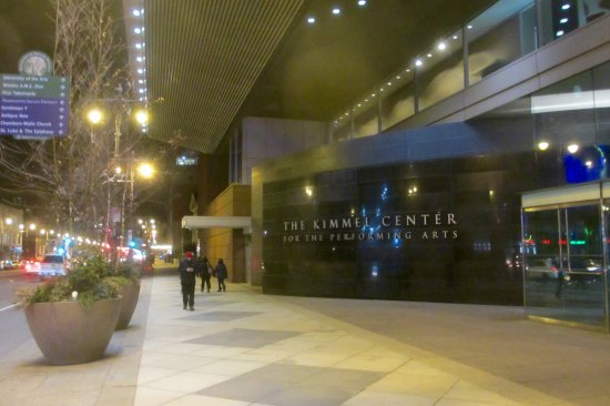 Kimmel Center for the Performing Arts: Avenue of the Arts Entrance to the Kimmel Center