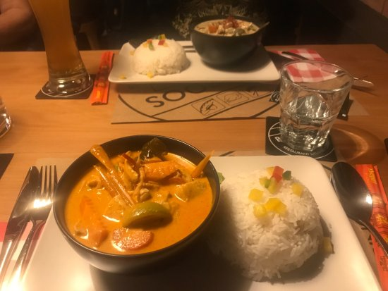 Buochs, Suiza: Rotes Thai Curry