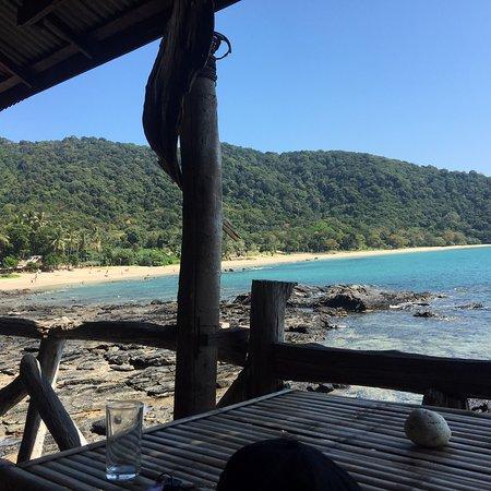 Bamboo Bay Resort: photo1.jpg