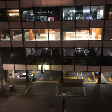 Benson Hotel: View from 3rd floor room. Also photos of parking structure across The Benson. Overnight rate is