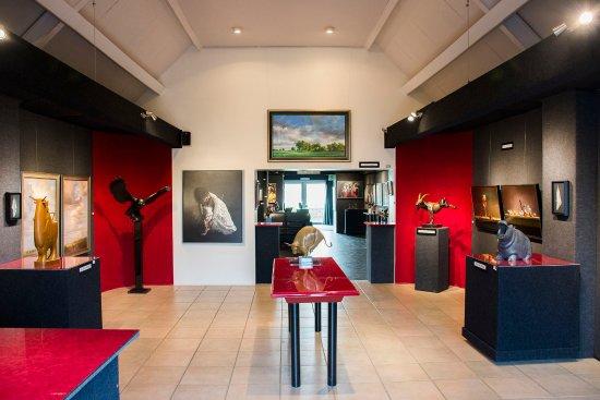 Aijen, Pays-Bas: Wisselende exposities van hedendaags realistische kunstenaars