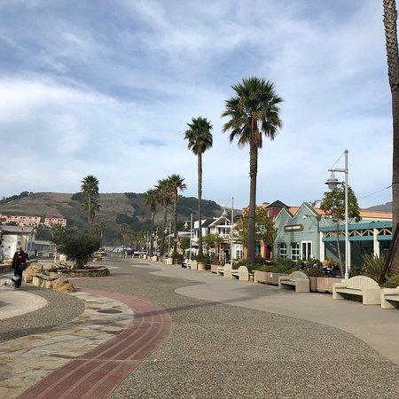 Avila Beach, CA: Street views