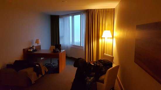 Matig en oudbollig NH hotel