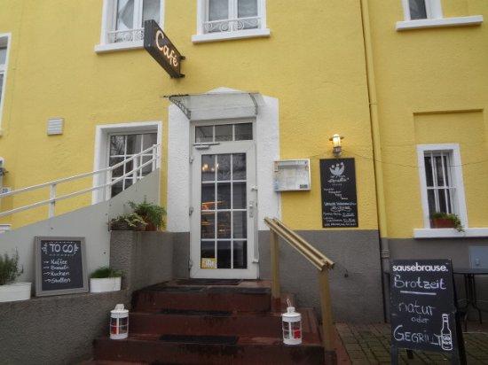 外観入口 Picture Of Amelies Wohnzimmer Das Kleine Cafe
