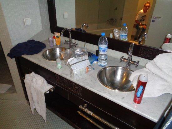 Hotel La Renaissance : bad