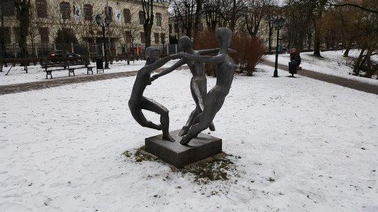 """Sculpture """"Peace Dance"""""""
