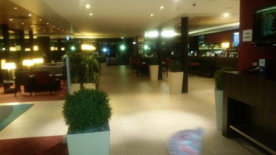 Holiday Inn Express Zurich Airport: 20180203_180300_large.jpg