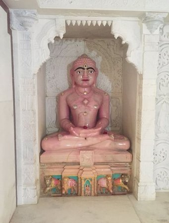 Pali, India: unique pink stone idol of mahavir swami ji