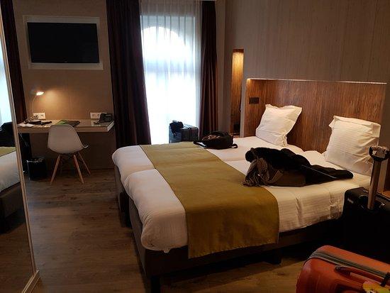 Flanders Hotel Photo