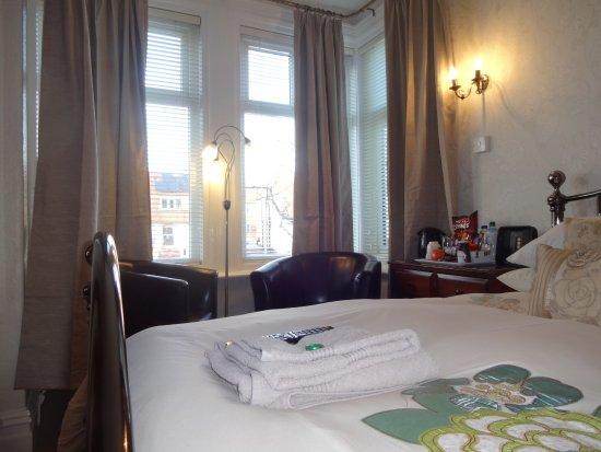 St Michael's Guest House : Room 3 - Double ensuite