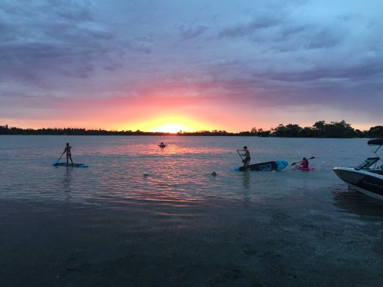 Boort, Australia: Stunning sunset over the Lake.
