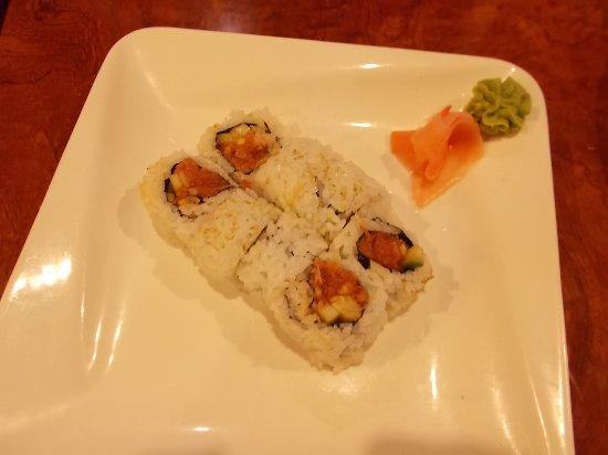 Jimmy's Sushi, Old Glenn Hwy, Eagle River, Alaska. Spicy Tuna Sushi.