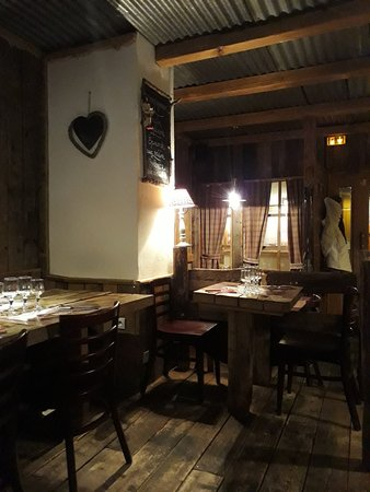 20180203_192854_large jpg - Picture of Au Mazot, Val Thorens