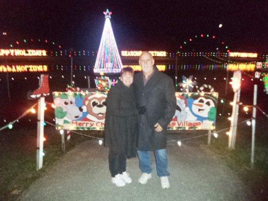Koziar's Christmas Village : Enjoying the lights and displays