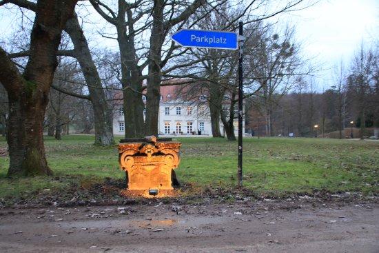 Rattey, Allemagne : Zufahrt zum Gelände