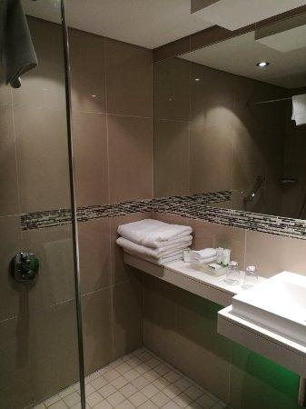 Holiday Inn Johannesburg-Rosebank: IMG_20180201_181716_large.jpg