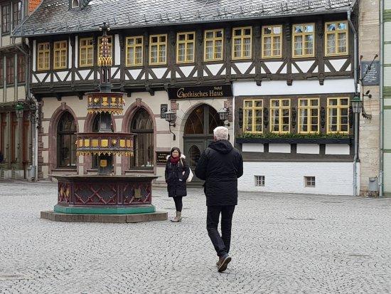 Travel Charme Gothisches Haus: Seiteneingang Des Gothischen Hauses In  Wernigerode