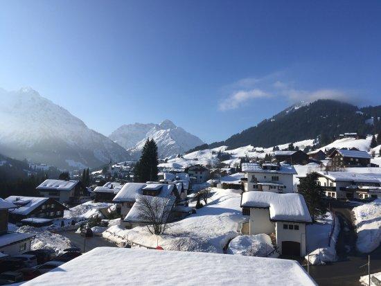 Travel Charme Ifen Hotel: Blick von meinem Balkon.