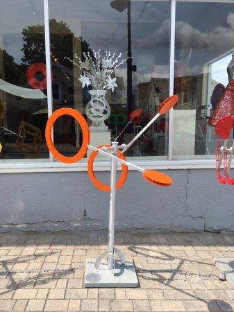 Lenox, MA: Drew Klotz's kinetic sculpture