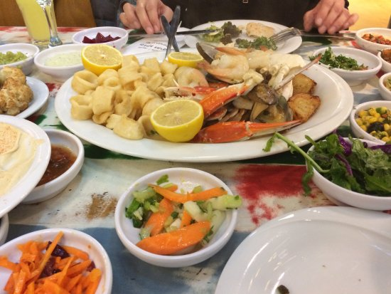 The Old Man and the Sea: Seafood plate