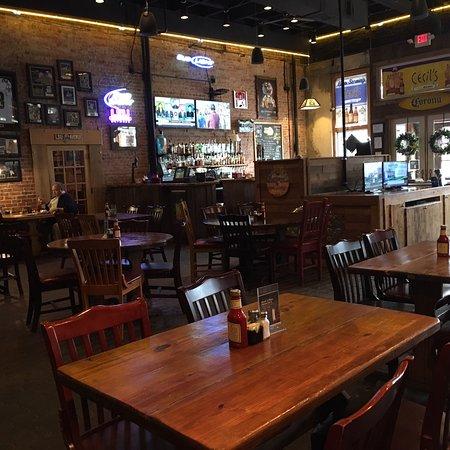 Cecil S Cajun Cafe Deridder Restaurant Reviews Phone Number Photos Tripadvisor