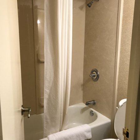 Regency Suites: photo2.jpg
