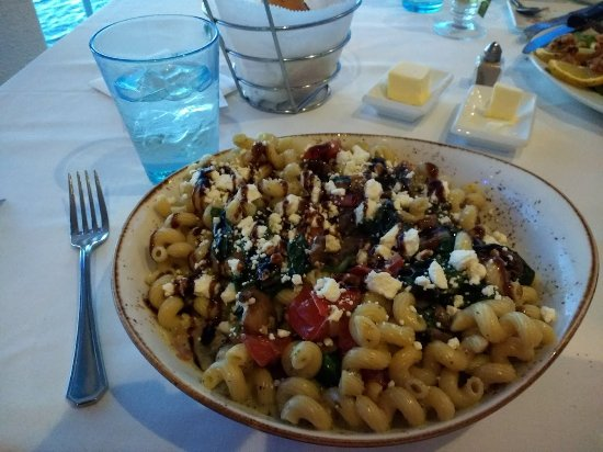 Fager's Island Restaurant & Bar: Greek vegetarian pasta option with cream sauce and balsamic