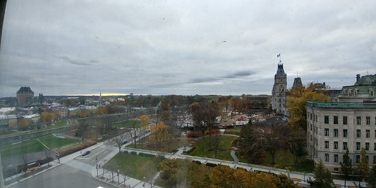Hilton Quebec: Panoramic photo of view from room