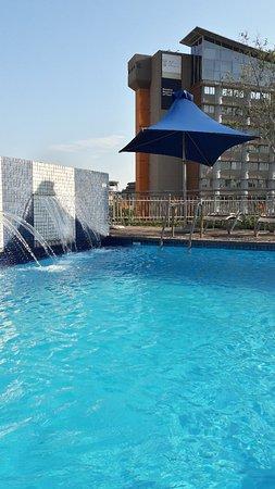 Holiday Inn Express Pretoria-Sunnypark: 20180122_060738_large.jpg