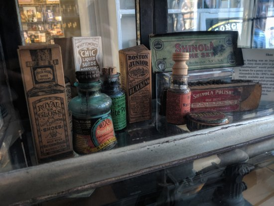 Stabler-Leadbeater Apothecary Museum : On the tour