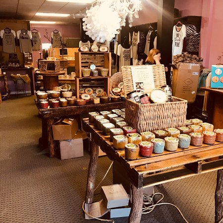 Blue Ridge, GA: All natural soybean wax candles, handmade soaps, body butters, bath bombs, and more!
