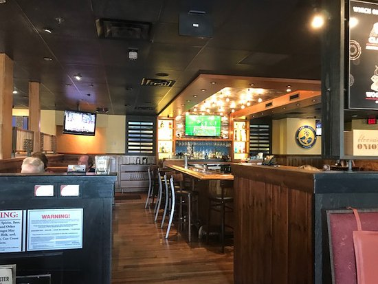 Outback Steakhouse: Inside shot