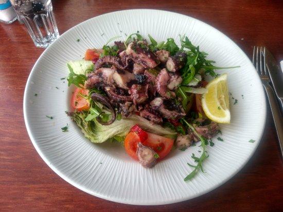 Murella: Octopus salad