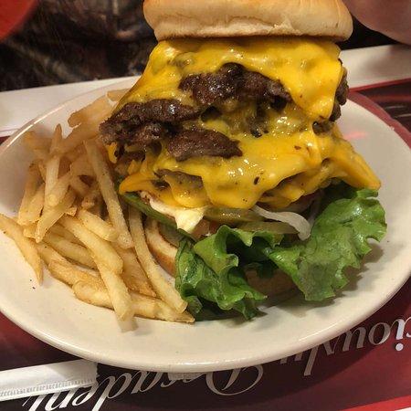 Περού, Ιλινόις: Steak 'n Shake